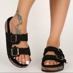 🔥New🔥 Double buckle Faux Fur Sandals- Black
